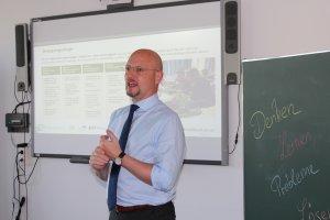 Vierwöchiger MOOC Co-Lab (Collaborative Education Lab)