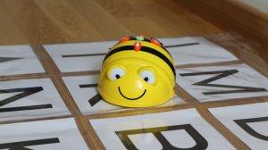 BeeBot Buchstaben